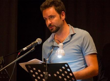 Una poesia di Davide Rocco Colacrai